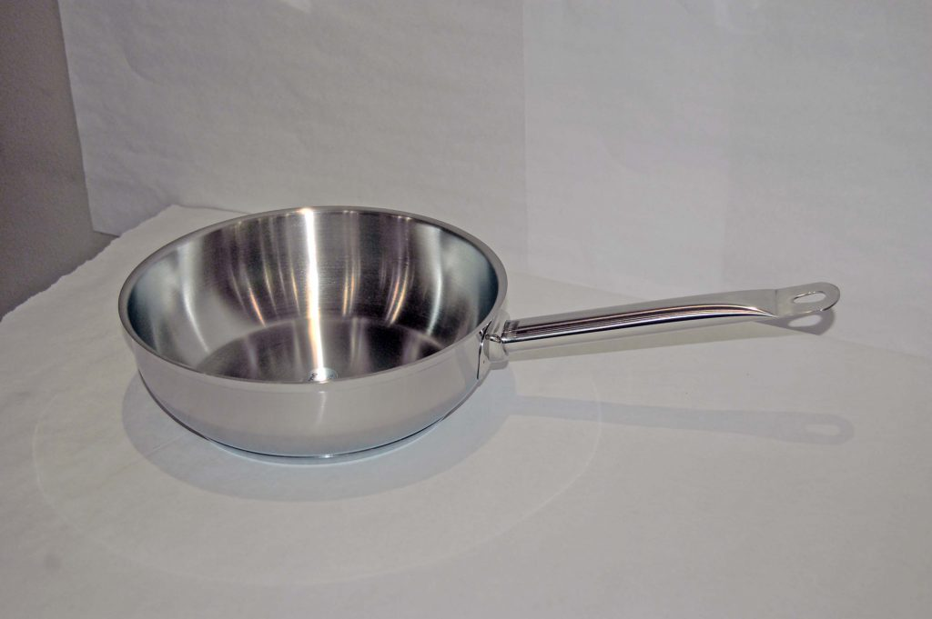 CONICAL S/STEEL SAUCE PANS (Note: Please specify order code for correct sizes when placing order)